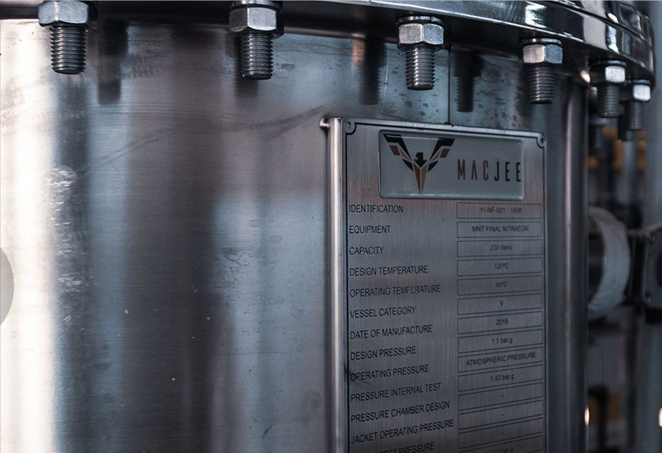 Equipamento de produção Mac Jee